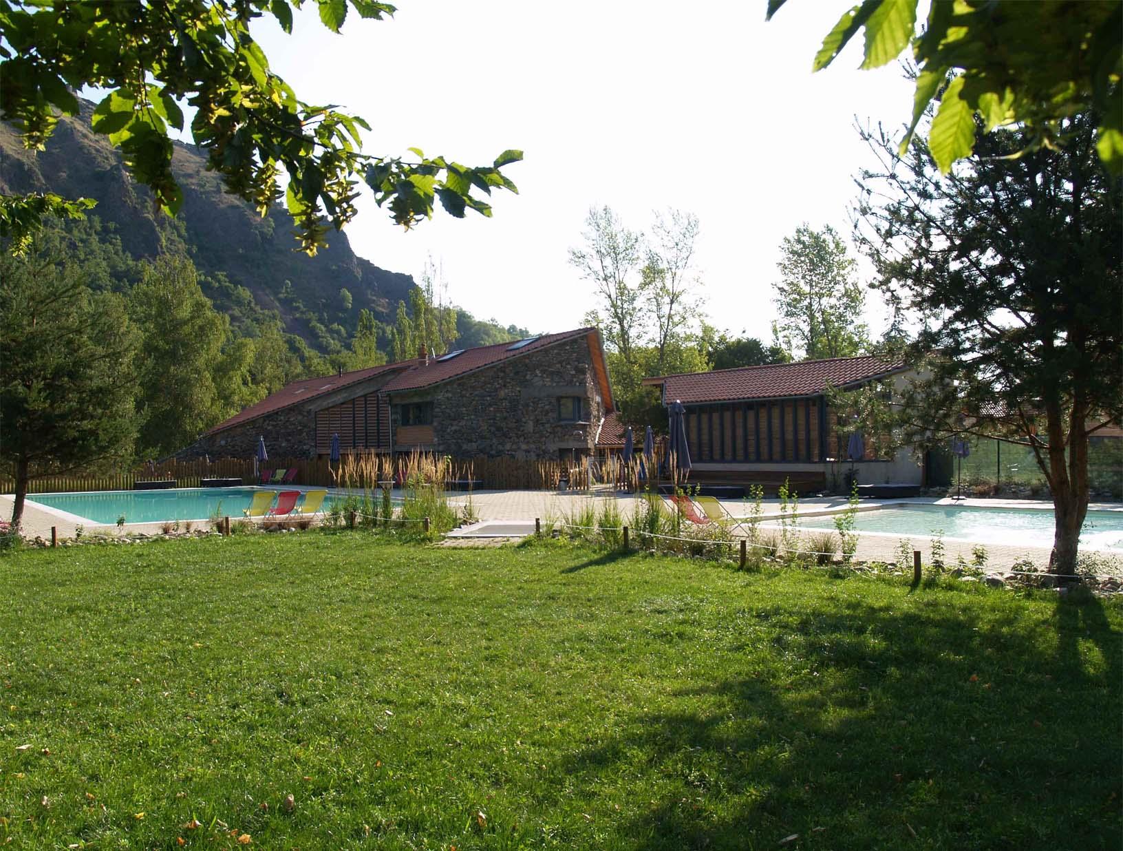 Frhpa campsite haute loire 43 for Chamalieres piscine